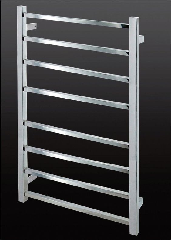 CUBO600 HEATED TOWEL RAIL